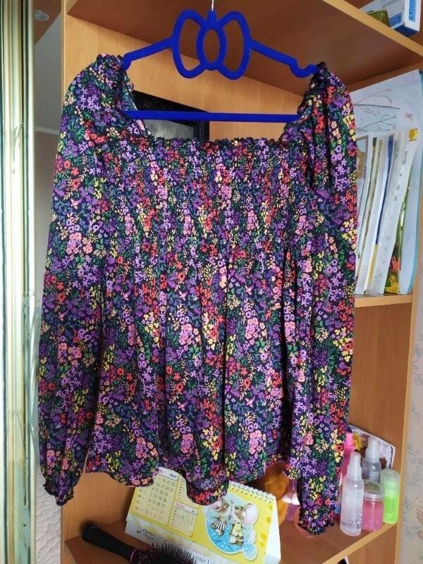 Продам красивую трикотажную блузка фирмы terranova размер s фото №2