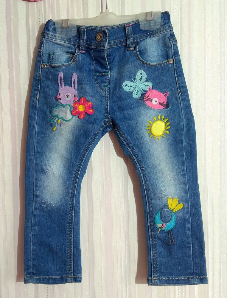Крутые джинсы next с мультяшками р. 12-18 мес фото №2