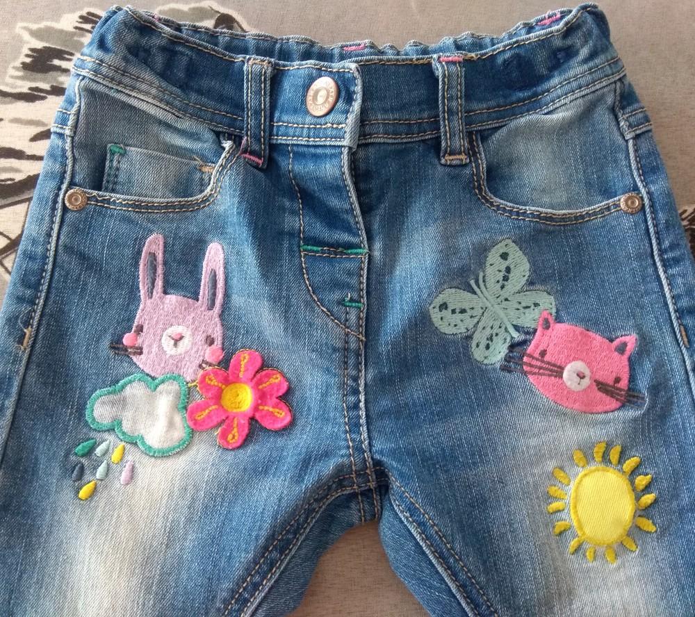 Крутые джинсы next с мультяшками р. 12-18 мес фото №4