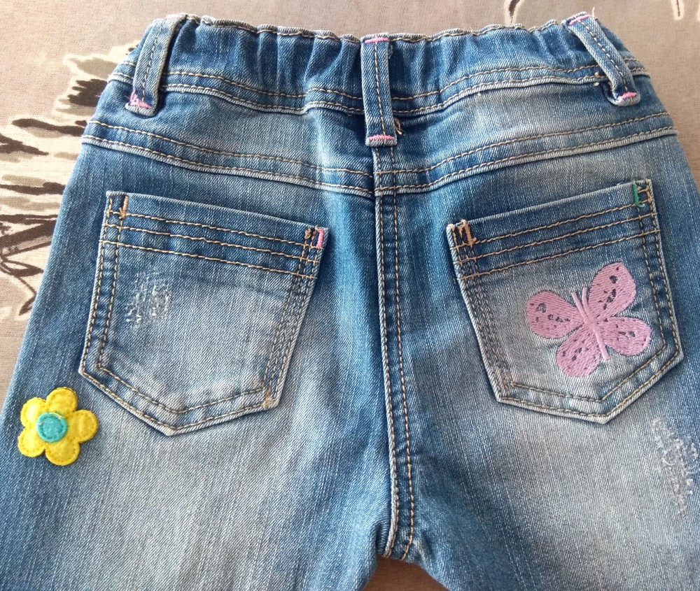 Крутые джинсы next с мультяшками р. 12-18 мес фото №5