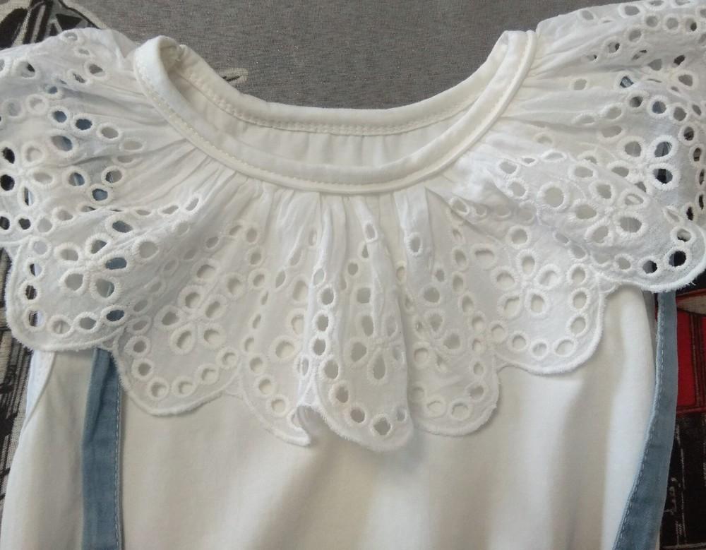 Нежное бело-голубое платье с оборками р. 3-4 года фото №5