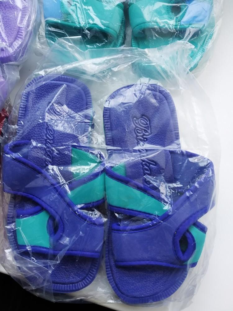 Шлепанцы шлепки детские, тапочки пляжные. разные модели и расцветки. новые фото №2
