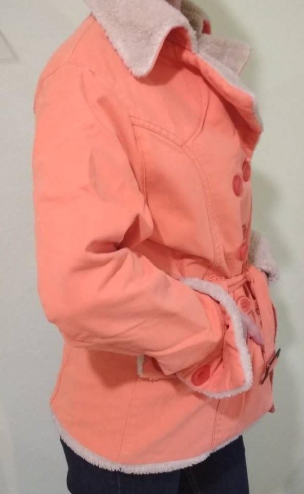 Тканева курточка на штучному хутрі фото №3