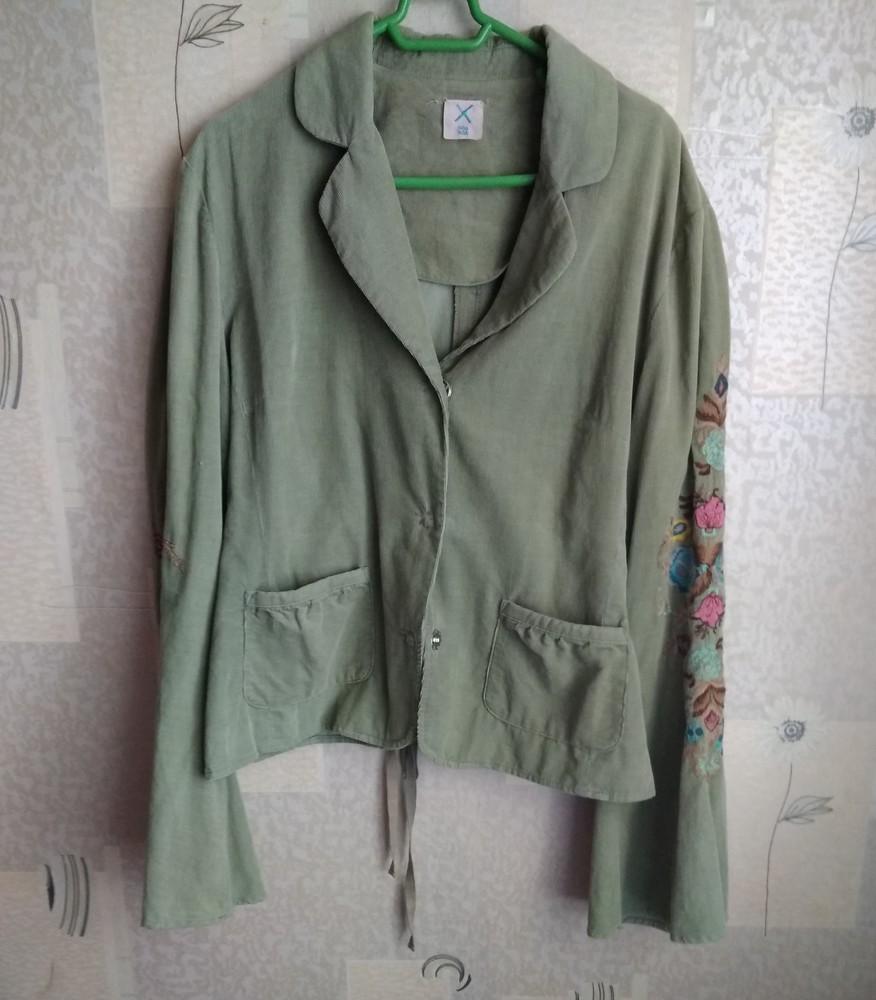 Стильний піджак з вишивкою фото №1