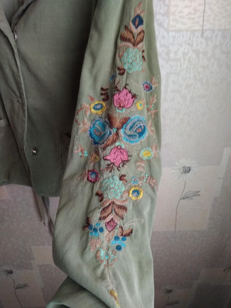 Стильний піджак з вишивкою фото №3