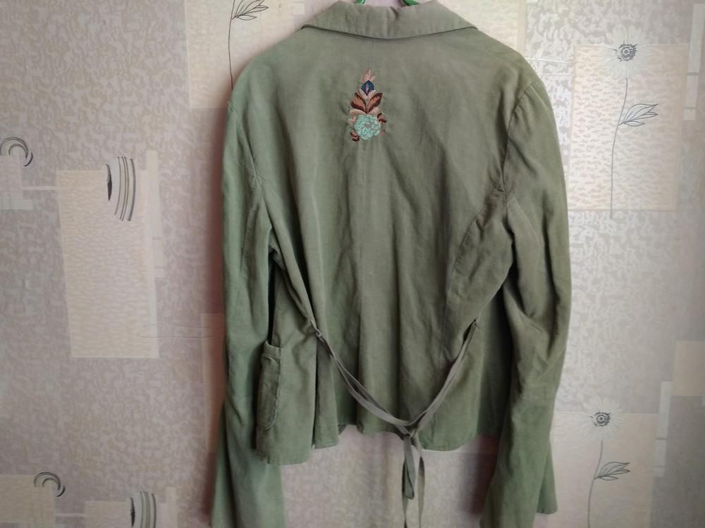 Стильний піджак з вишивкою фото №5
