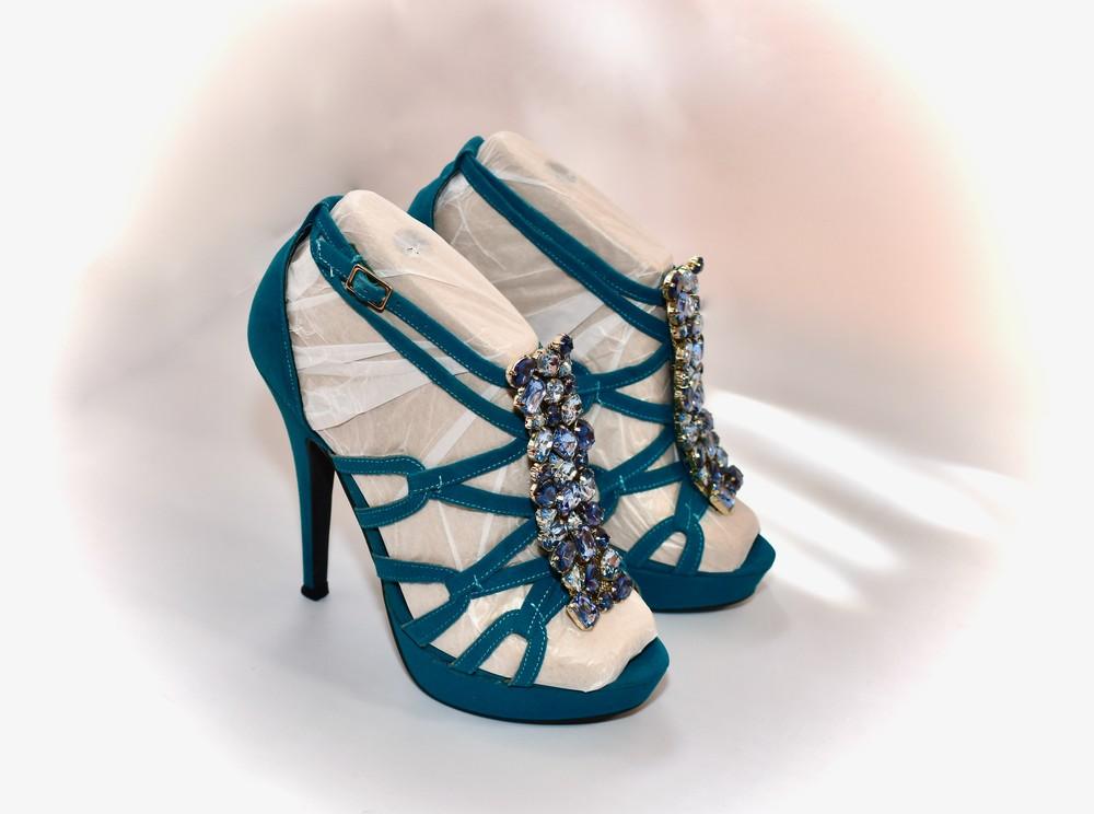 Б/у фирменная обувь в идеальном состоянии. размер 36 фото №6