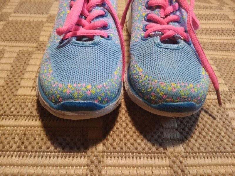 Легкі дихаючі кросівки 31 розмір фото №8