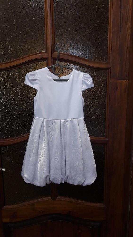 Нарядное платье на девочку рост104см фото №1