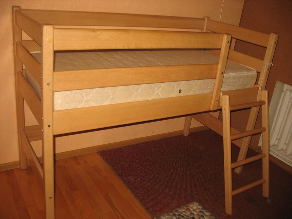Продам кровать-чердак вместе с матрасом, изготовленные фирмой «ирель», б/у. фото №1