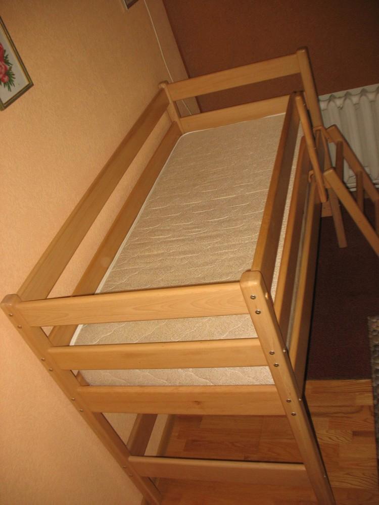 Продам кровать-чердак вместе с матрасом, изготовленные фирмой «ирель», б/у. фото №2