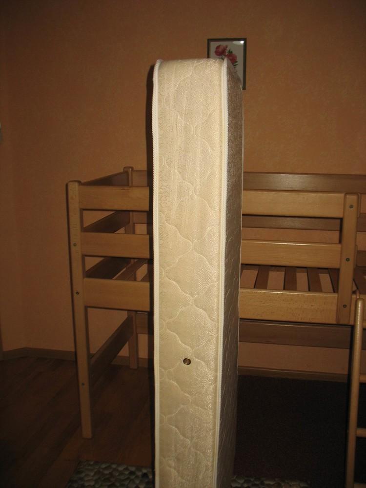 Продам кровать-чердак вместе с матрасом, изготовленные фирмой «ирель», б/у. фото №6