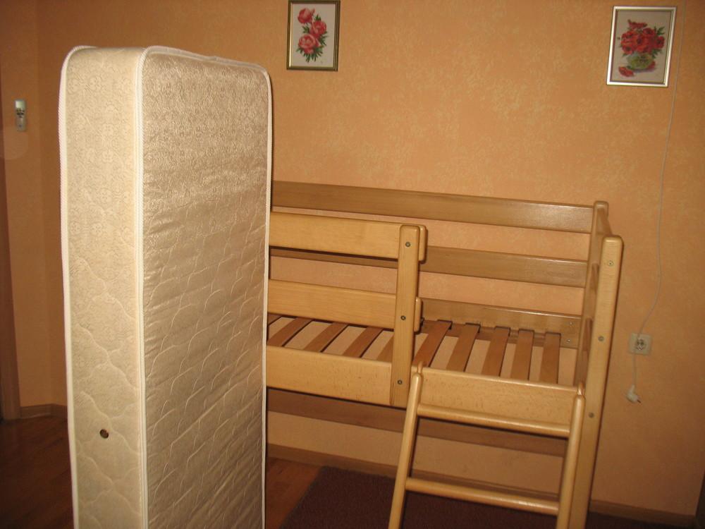 Продам кровать-чердак вместе с матрасом, изготовленные фирмой «ирель», б/у. фото №7